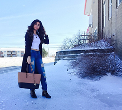 Joyce Gereige - Bluenotes, Bluenotes, Michael Kors Purse, Aldo Booties, Forever 21 Cropped Top, Juicy Couture Necklace - Casual Attire