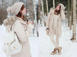 Anna Aleshina - Pull & Bear Parka, New Look Backpack, Vila Jumper, Bershka Jeans, Piranha By Ralf Ringer Boots - Cream cupcake