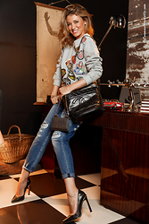 Elena Barolo - Chanel Bag, Dolce & Gabbana Bag, Edward Achour Paris Sweater, 7 For All Mankind Cropped Ripped Jeans, Schutz Black Stiletto - College girl
