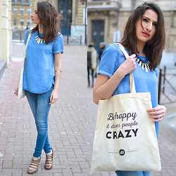 Mat Mon blog - Balsamik Necklace, New Look Blouse, Zara Jeans, Stradivarius Heels, The Tops Tote Bag - Double Denim