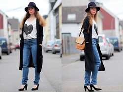 Rimanere Nella Memoria - Loevenich Hat, Vila Cardigan, Cheap Monday Jeans, Bullboxer Shoes, Fossil Bag - Long Cardigan