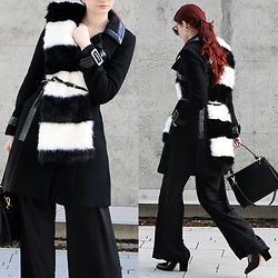 Tia T. - H&M Faux Fur Scarf, Mango Bag, H&M Court Shoe - A last cold day