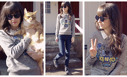 Ron S - Monki White Blouse, Kenzo Grey Tiger Sweater, Blue Jeans, New Balance Blue/Gold Sneakers, Beyond Retro Round Sunglasses - Hello spring / Tiger x2