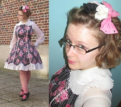 Claire P - Bodyline Flowery Lolita Dress, Claire's Flowers And Bow - Spring flower lolita