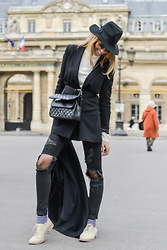 Elena Galifas - Chanel My Bag, H&M Blazer, Cole Haan Brogues - My style!!!