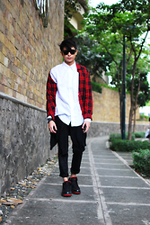 Mikyle Quizon - Zara Trousers, Jordan - No One Cares If You Wear Red Plaid