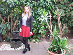Courtney Melville - New Look Top, Primark Blazer, Primark Skirt, Topshop Necklace, Topshop Brogues - Blame it on me