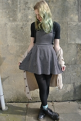 Annie Honey Mac - Miss Selfridge Dress, Vintage Cardi, Dr. Martens Boots - Polkadot Pinafore