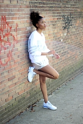 Nelly Negret - Sweater, Shoes, Shorts - BRONZINGEYES X ADIDAS ORIGINALS CAMPAIGN