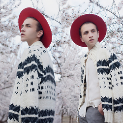 Jorge Barceló - Saint Laurent Hat, Vintage Jacket - BLOOM