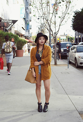 Joanknee C. - Shellys London Leather Boots, Urban Outfitters Statement Necklace, Topshop High Waisted Shorts - Mustard