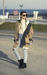 Andreea Édith - Esprit Black Boots, H&M Jeans, Gap Coat, Only Cardigan - Sweet 18