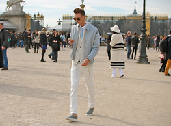 Chaby H. - H&M Jacket, Woodzee Natural Wood, Axelarigato Pony Hair Slipon - Pastel look in the Tuileries Garden