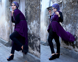 Noni Zakiah H. -  - PURPLE AND A BLACK