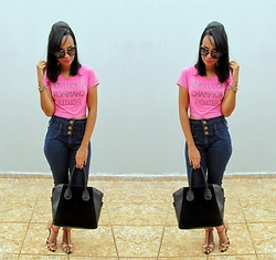 Priscila Rocha - Cropped, Sandals, Sunglasses, Bag - Cropped Pink.