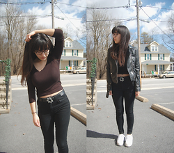 Sheila - H&M Black Leather Jacket, Forever 21 Black Skinny Jeans, White Platform Sneakers - Mostly Black