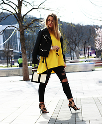 Nati Drencseva - Nana's Tunic, H&M Bag, Zara Heels, H&M Jeans, Pull & Bear Jacket - Pop of yellow!