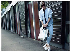 Gianna Antonia - &Other Stories Mesh Jacket, Topshop Jeans, Chanel Sunglasses, Cheap Monday Bag - //WHITE//