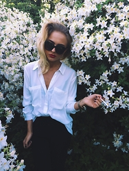 Agnija Grigule - Bik Bok Sunglasses, H&M Pants - FLOWER POWER