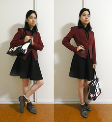 Amy Liu - Ses Oxblood Leather Detail Blazer, Uniqlo Skater Skirt, Metres Bonwe Print Canvas Bag, Ses Leather Detail Sleeveless Blouse, Novo Brogues, Lace Edge - Oxblood