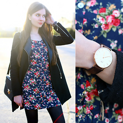 Ariadna Majewska - Floral Dress, Sheinside Black Coat, Daniel Wellington Watch - Floral dress