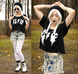 Lauren H - Kill Star As If Tee, Love Culture Cut Off Jean Shorts, Dr. Martens White Patent - Comforting Lie