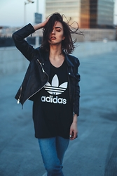 Agnija Grigule - Adidas Tank Top - THE XX - SUNSET