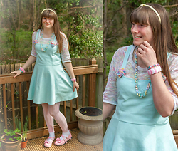 Jenny Cakes - H&M Mint Dress, Awear Multicoloured Knitted Top, Antaina Pink Lolita Shoes, Next Lilac Tights, Craft Fairs/Arty Shops/Carboot Sales Pastel Accesories, Supermarket White Ankle Socks - Easter Pastels