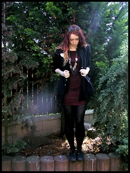 Shira Elizabeth - Ebay Round Glasses, Monaga Black Blazer, Camaieu Black Cardigan, Hand Made Web Dress, H&M Black Platform Shoes, Ebay Leaf Necklace, Ebay Black Gothic Ring - Spider web