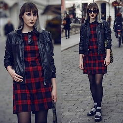Agnes Krown - Alexander Wang Sunglasses, Thrifted Tartan Dress, Jack And Jones Faux Leather Jacket, Monki Glitter Cat Socks, H&M Minimalist Chunky Sandals, H&M Combat Style Bag - Dark Chick