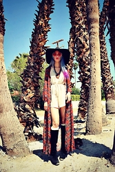 Sera Brand - Missguided Halterneck Drawstring Playsuit Beige, Zerouv Indie Festival Hippie Oversize Round Colorful Lens Sunglasses 9580 - Coachella 2015: Day 3
