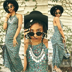 Robyn The Bank - Forever 21 Floral Maxi Dress - Coachella Wannabe