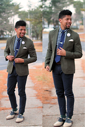 Bryce Lennon Lennon - Asos Blazer, H&M Chinos, Saddle Shoes, Ralph Lauren Button Up - Mr. Rogers