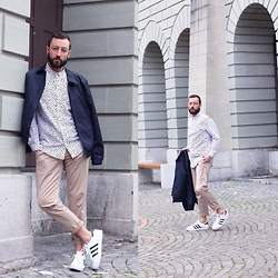 David Fernandez - Ray Ban Glasses, Cos Shirt, Cos Vest, Zara Trousers, Adidas Sneakers - Love for COS