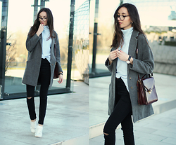 Bea G - Sweater, Coat, Jeans, Shoes, Bag - Blue Turtleneck