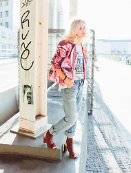 Mikuta - The Ragged Priest Jacket, Levi's® Jeans, Zara Heels, Zara Tshirt - Disco jacket