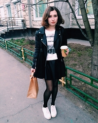 Oksana X. - Topshop Jacket, Forever 21 Sweatshirt, River Island Skirt, Bershka Shoes, Topshop Bag - Go vegan!