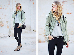 Christina Dueholm -  - Army jacket & skinny jeans