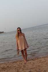 WMBG . - Sheinside Dress, Ray Ban Sunglasses, Michael Kors Sandals - Vacation Look 1
