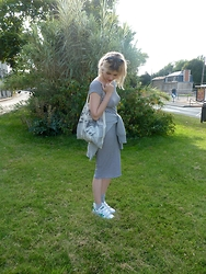Agathe Charis - Zara Robe, Maje Tote Bag, Pimkie W/ Cotr Pull, Adidas Stan Smith - SEPTEMBER MOOD #laterpost
