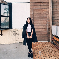 Vivian Nguyen - Urban Outfitters Black Booties, Thrifted Coat - Fallin for you Summer