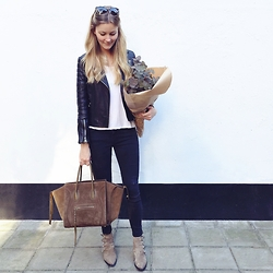 Christina Dueholm -  - Casual everyday look