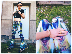 Signe Savant - A Spoonful Of Colors Tie Dye Yoga Pants, Skar Designs Feather Necklace, Swallow's Heart Turquoise Pendant, Salvage Jewelry Co. Star Cuff, Wholesale Celeb Shades Lennon, Charming Damsel Lace Headband - I own the coolest, most awesome pair of pants on the planet.