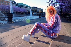 Sotzie Q - Adidas Tracksuit, Fanny Lyckman White Killer Platforms - Summer lovin' and fights
