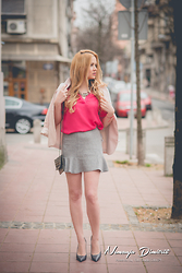 Tatjana Jovanovic - Zara Blazer, Romwe Blouse, New Yorker Skirt, Sfera Clutch, Zara Shoes - Pink blouse