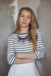 Arina Zabelina - Zara Striped T Shirt, Kira Plastinina White Skirt, Stradivarius Jewerly - Black stripes - white stripes