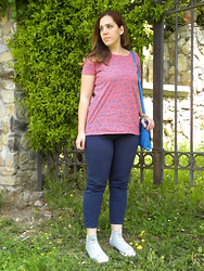 Angelica Giannini - Scout T Shirt, Zara Pants, Converse Sneakers - Blue pants and floral tee
