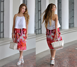 Amparo Zepeda - Rivers Skirt, Coach Bag, Forever 21 Shoes - Flower Power