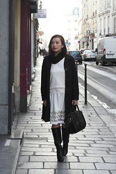 Prudence Yeo - H&M Fur Snood, Pilgrim Australia Black Coat, Tracyeinny Sheer Panel Skirt - A Monochrome Outfit with Sheer Details