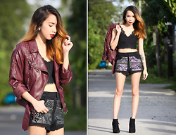 Wicked Ying NEW - Yoins Biker Jacket, Blackfive Clothing Lace Cropped Top, Pinkaholic Studded Shorts, Topshop Suede Booties - Faded Bordeaux